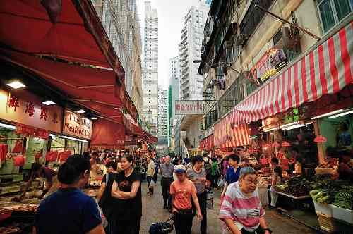 A normal day of a traditional food market in Hong Kong.